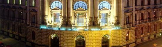 Museum_fuer_Kommunkation_Aussenansicht 546x160